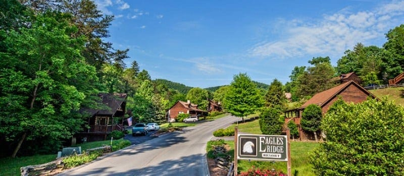 The entrance to Eagles Ridge Resort in Pigeon Forge TN.