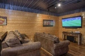 Eagles Ridge shares some of their best 5 bedroom cabins in Pigeon Forge that are perfect for families with all the best views and amenities.