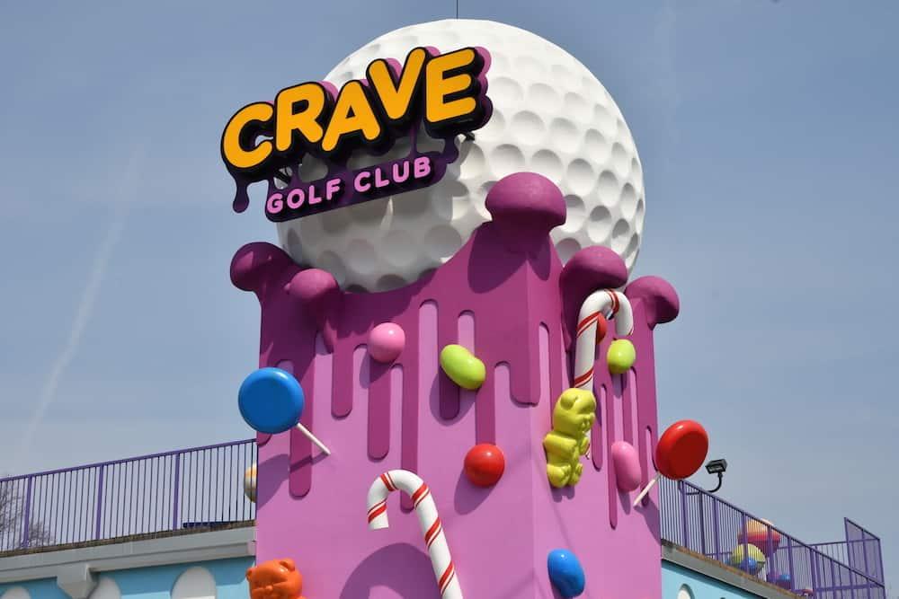 crave golf club exterior